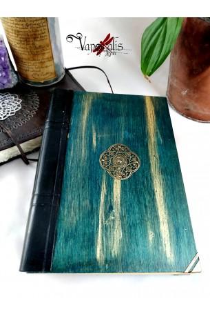 Grimoire bois et cuir relié main